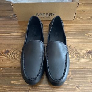 Sperry Black Leather Loafer | Size 9